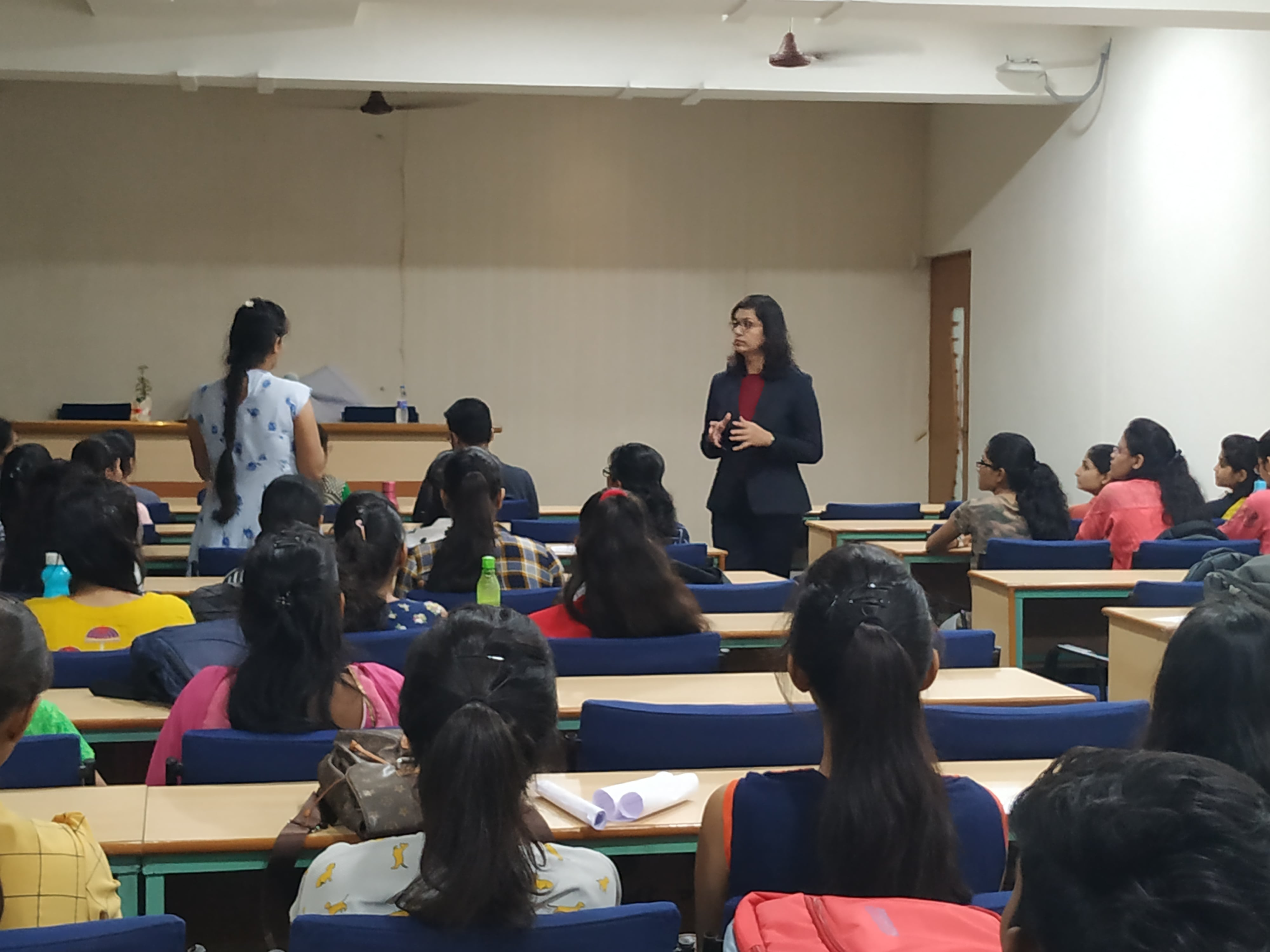 """Seminar On """"Effective Communication and Hacks in Interview""""by Ms. Pinky Khandelwal (Director, Khandelwal English Hub, Amravati) for III Year Students on 07/08/2019"""